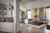 Classic Suite, 3 Bedrooms, Balcony, City View