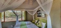 Luxury Room (Leopard Lodge)