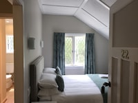 Standard Double Room, 1 Queen Bed