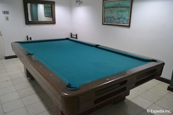 Tagaytay Country Hotel Billiards