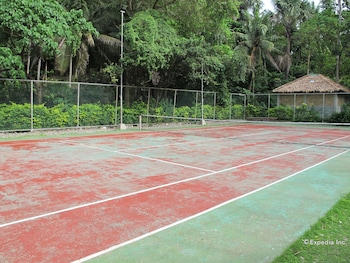 Coco Beach Island Resort Mindoro Basketball Court