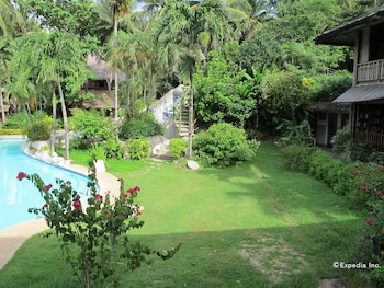Coco Beach Island Resort Mindoro Garden