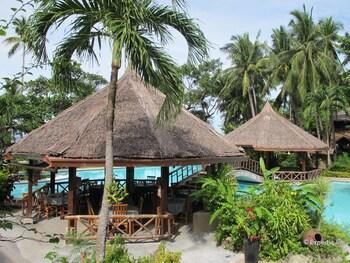 Coco Beach Island Resort Mindoro Gazebo