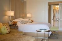 Premier Room, 1 King Bed (Skyline)