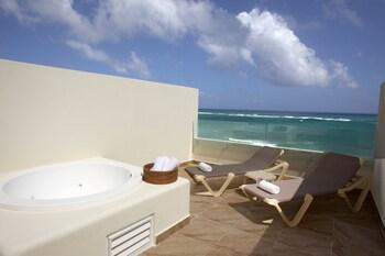 Akumal Bay Beach & Wellness Resort - All Inclusive