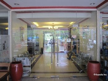 Dragon Home Inn Cebu Hotel Entrance
