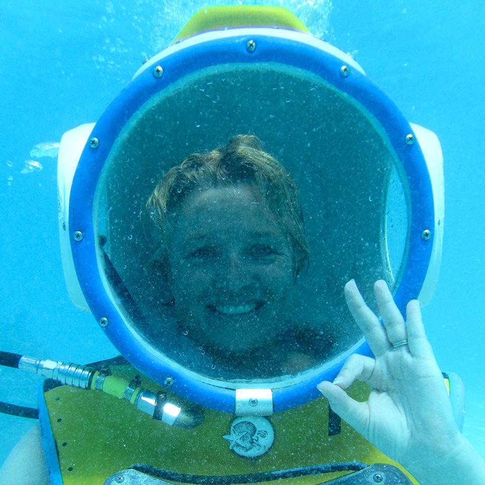 Megan Singleton underwater helmet dive