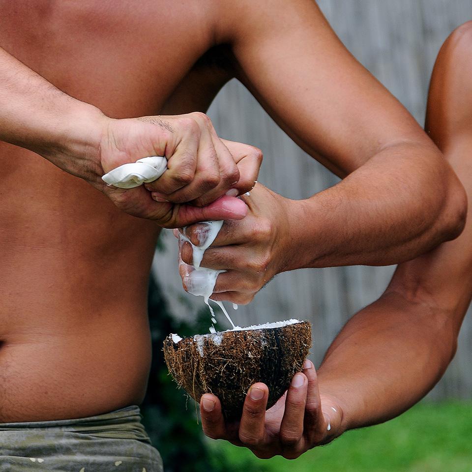 Coconut milking