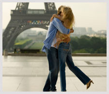 Paris Romantic Getaways | Expedia.co.in