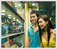 Hong Kong Shopping Holidays | Expedia.co.in