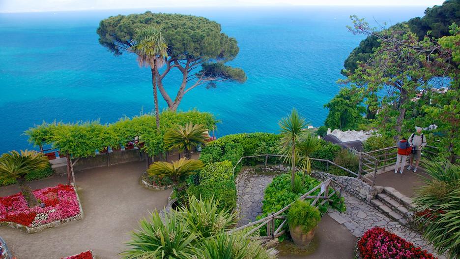 http://media.expedia.com/media/content/shared/images/travelguides/destination/11086/Villa-Rufolo-43395.jpg