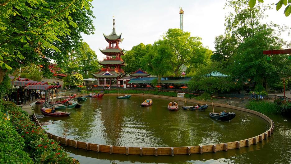 en gb copenhagen attractions tivoli gardens