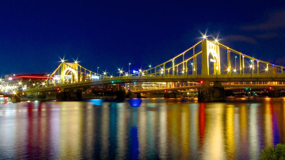 Roberto Clemente Bridge In Pittsburgh Pennsylvania