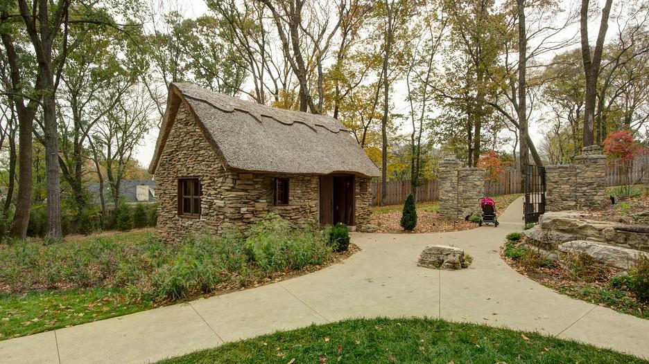 Cheekwood Botanical Gardens And Museum Of Art In Nashville