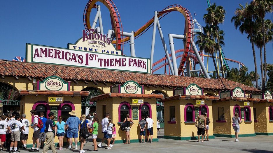 knotts berry farm: