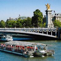 Bateaux Parisiens: Bootsfahrt mit Sightseeing entlang der Seine