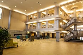 Ontario Convention & Airport Hotel