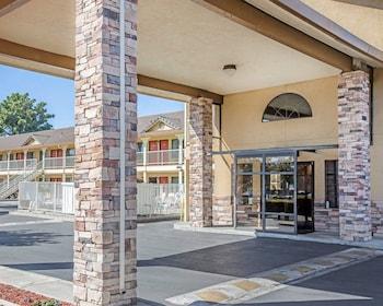 Quality Inn & Suites Woodland - Sacramento Airport in Sacramento, California