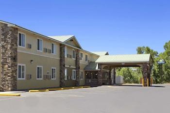Days Inn & Suites by Wyndham Gunnison in Gunnison, Colorado