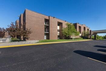 Quality Suites Lansing in Lansing, Michigan