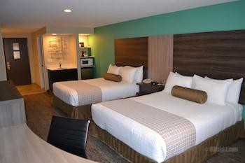 Photo for Yosemite Southgate Hotel & Suites in Oakhurst, California