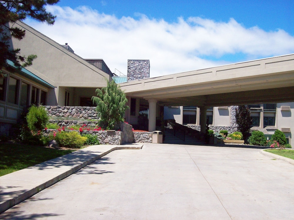 Bay Valley Resort & Conference Centre