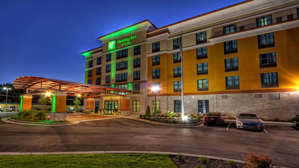 Holiday Inn Hotel & Suites Tupelo North
