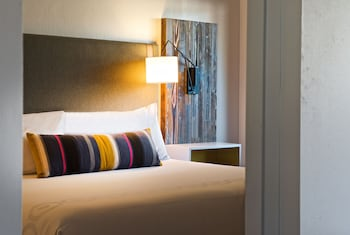 Hotel Becket, A Joie de Vivre Hotel