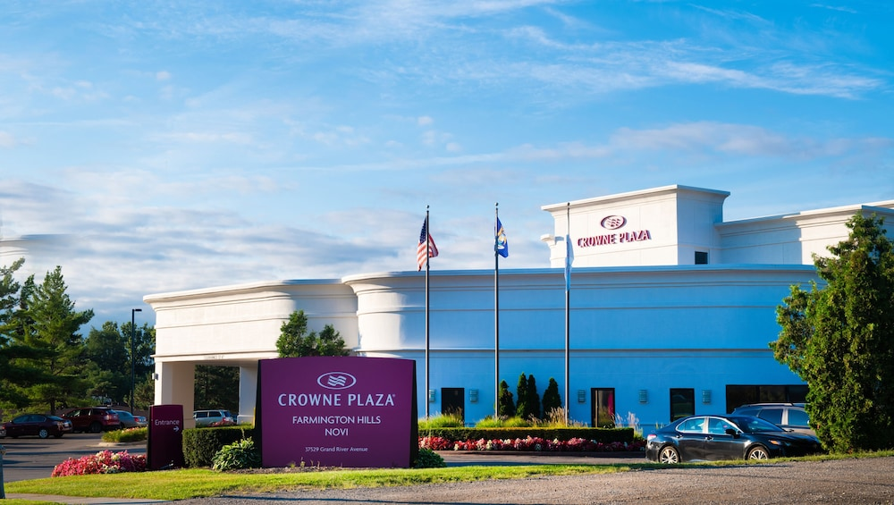 Crowne Plaza Farmington Hills - Novi