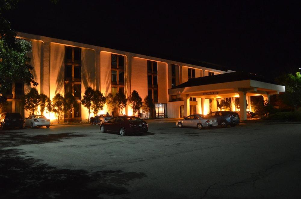 Travel Inn - Columbus North