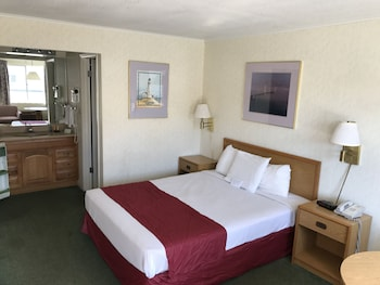 Americas Best Value Inn - Guestroom  - #0
