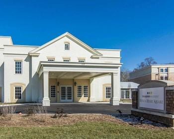Bluegreen Vacations Patrick Henry Square, Ascend Resort in Williamsburg, Virginia