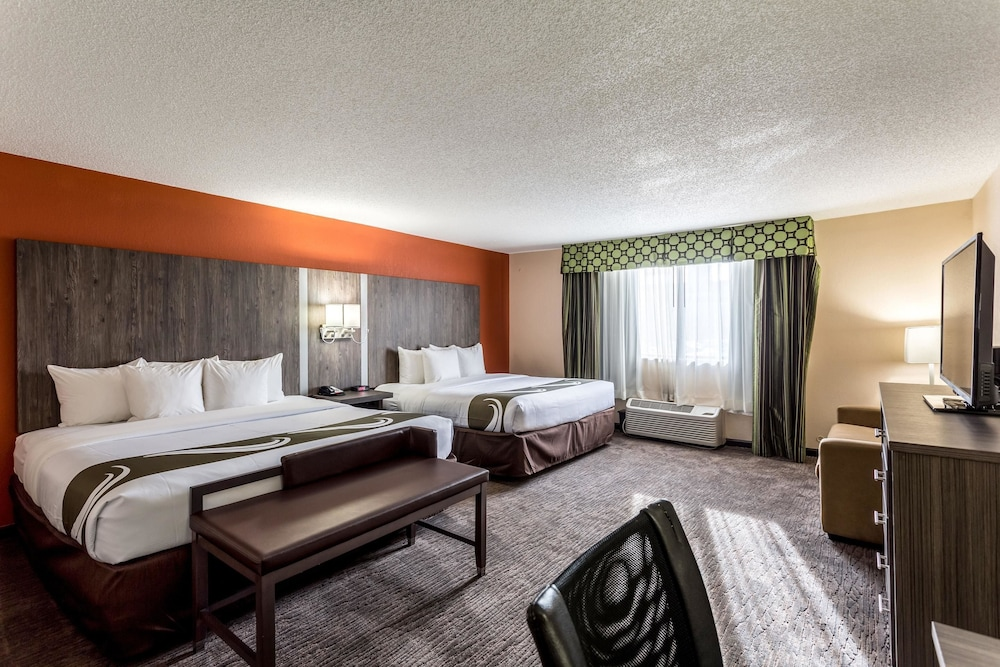 Quality Inn Nashville Downtown Stadium Nashville Inr 9185 Off