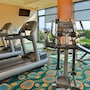Holiday Inn Express Hotel & Suites Va Beach Oceanfront photo 9/41