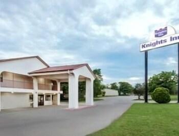 Knights Inn Denton in Denton, Texas