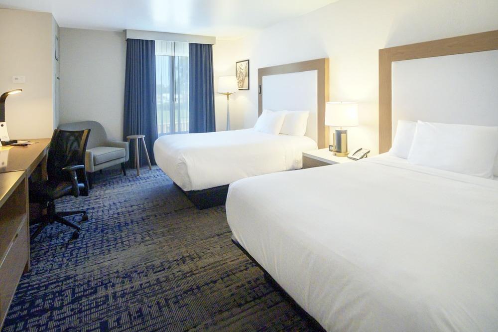 Sheraton Richmond Airport Hotel