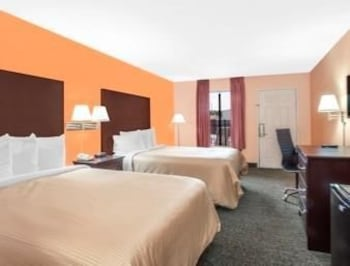 Days Inn Moulton - Featured Image  - #0
