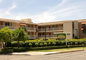 San Joaquin Hotel in Fresno, California