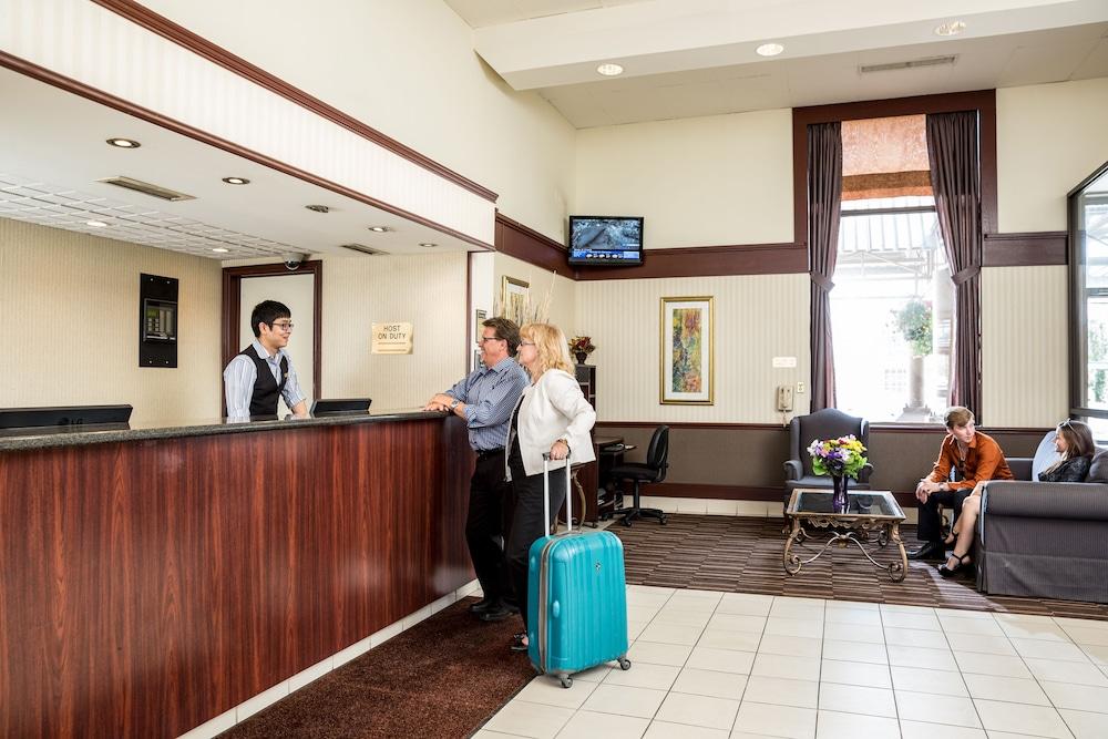 Calgary Airport Hotel