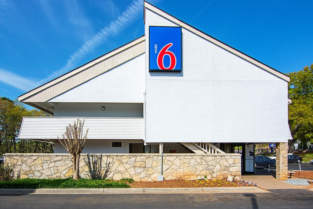 Motel 6 Charlotte NC Airport
