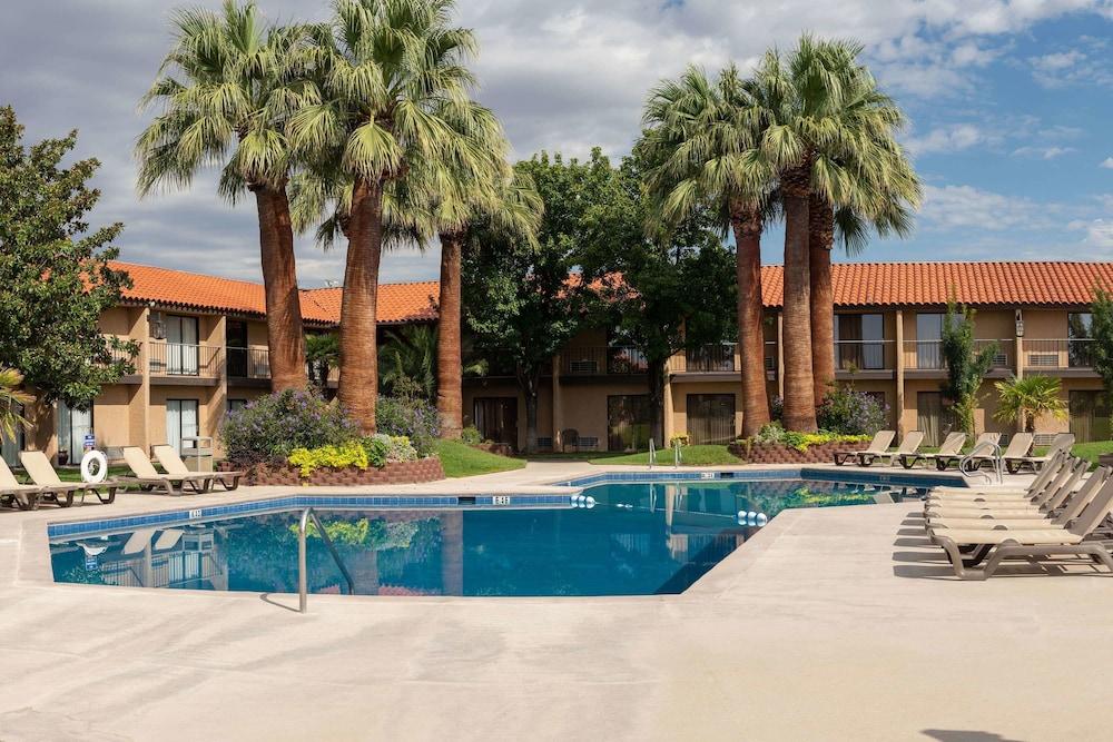 Desert Garden Inn Trademark Collection by Wyndham