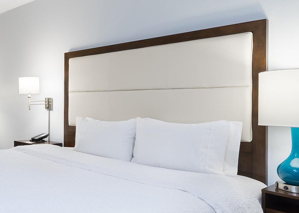 Hampton Inn Pittsburgh University Center Allegheny Hotel Price Address Reviews