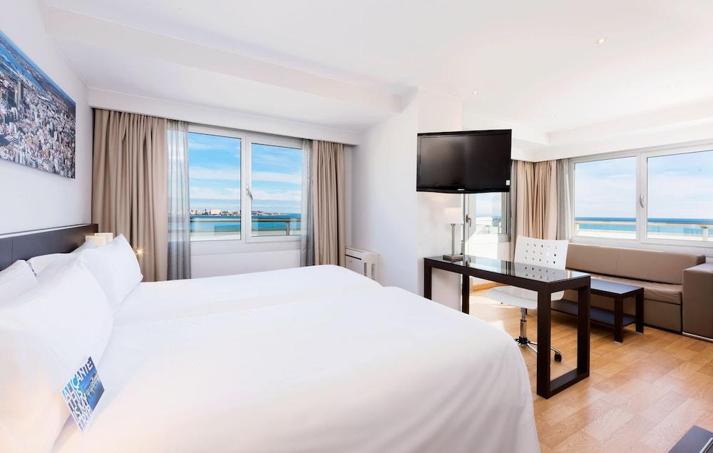 Tryp alicante gran sol hotel en alicante espa a hotel for Tryp habitacion familiar
