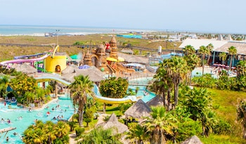 Schlitterbahn Beach Resort and Waterpark