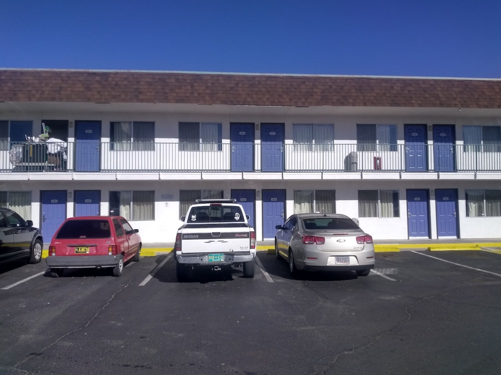 Motel 6 Farmington