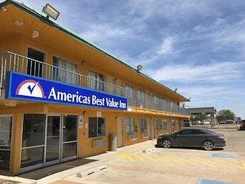 Americas Best Value Inn - Stillwater in Stillwater, Oklahoma