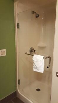 Sleep Inn Henderson-Evansville South - Bathroom Shower  - #0
