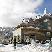 惠斯勒瀑布 ResortQuest 旅館