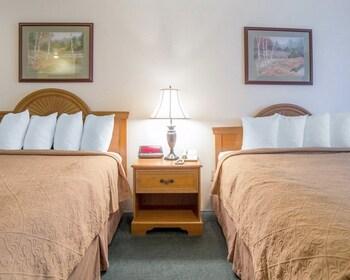 Econo Lodge Livingston Gateway to Yellowstone - Guestroom  - #0