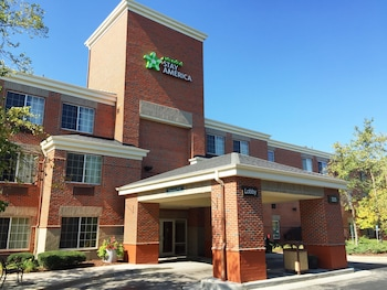 Extended Stay America - Milwaukee - Brookfield in Brookfield, Wisconsin